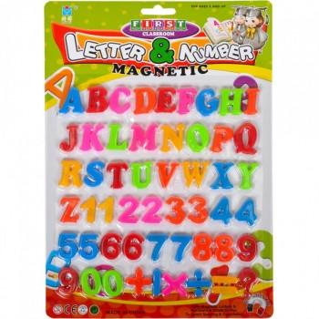 Английские буквы, цифры и знаки на магните 8305B